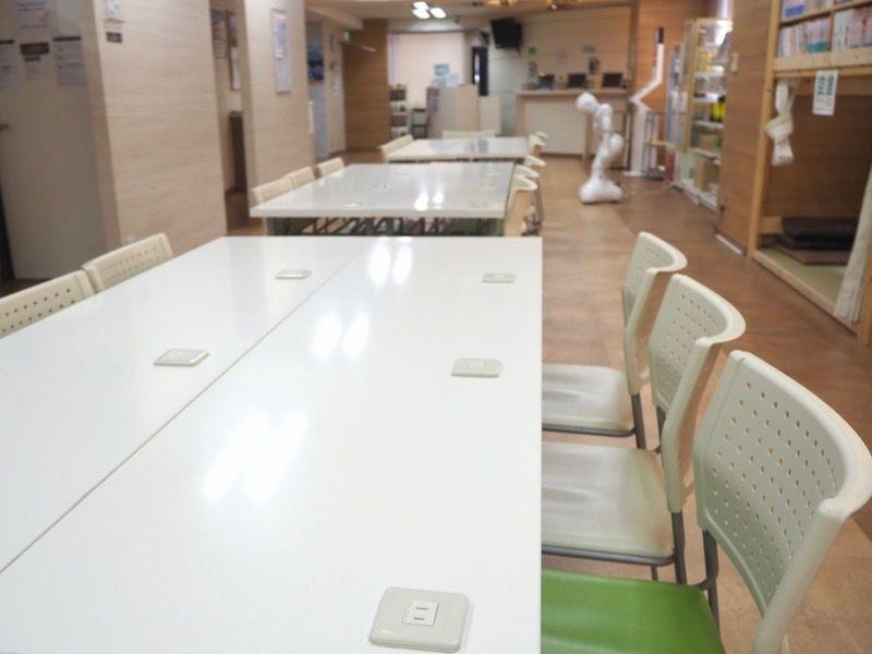 東京VIPラウンジ2階